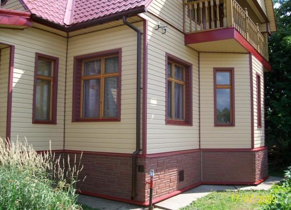 Альта профиль подходит как для внутренней, так и для внешней отделки здания
