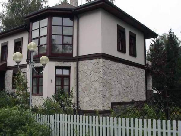 Эстетически оформленный фасад дома