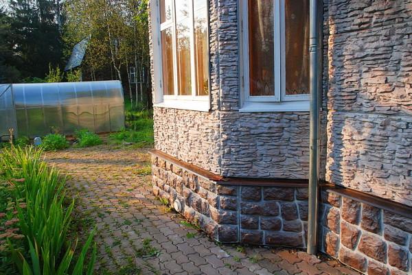 Фасадные панели из натурального камня - долговечного и экологичного материала