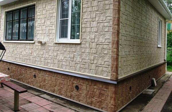 Фасадный камень в облицовке дома
