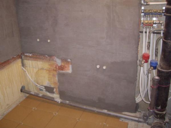 Цементная шпатлевка отлично подходит для помещения с высокой влажностью