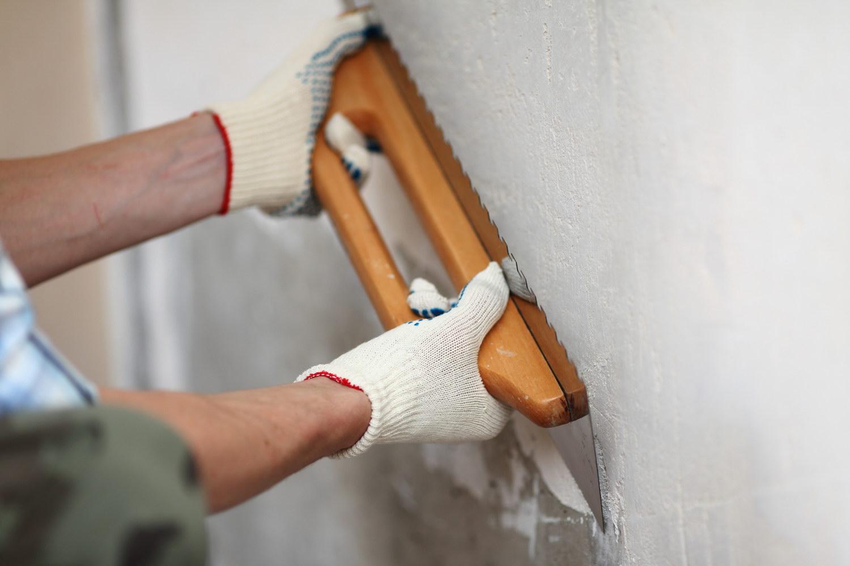 Как выровнять стены своими руками под обои
