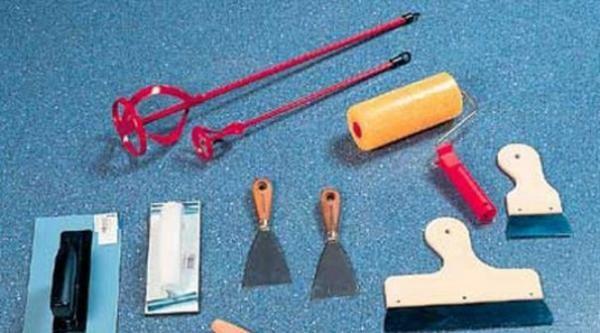 Инструменты, необходимые для нанесения жидких обоев