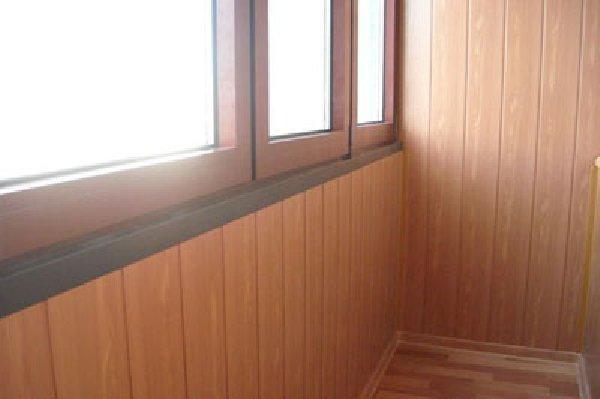Обшивка балкона МДФ панелями