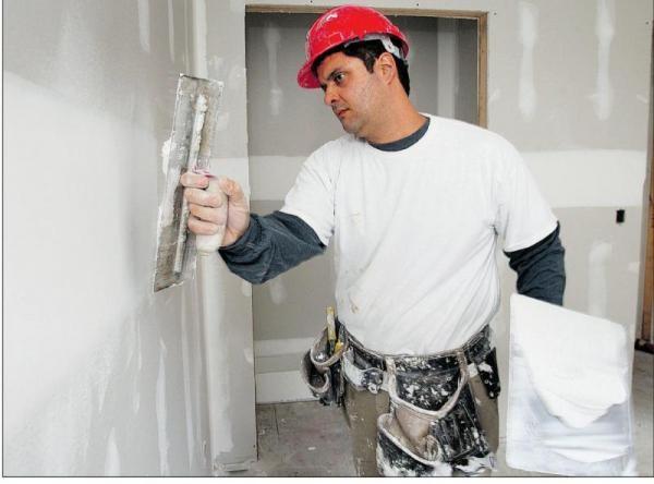 Шпаклевание гипсокартонных стен шпаклевкой