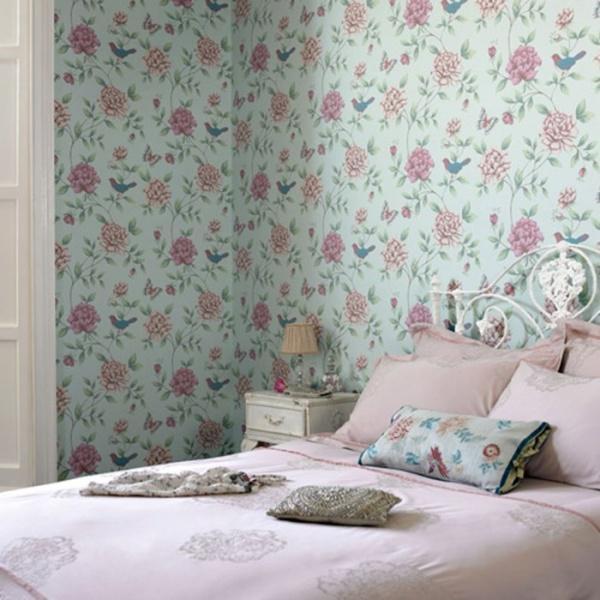Бумажные обои в интерьере спальни
