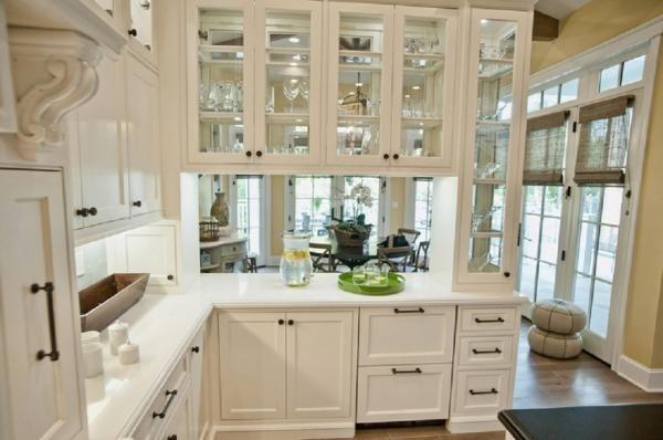 Стеклянный кухонный фасад