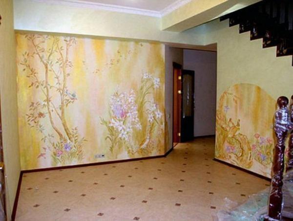 Рисунок акриловыми красками на стенах
