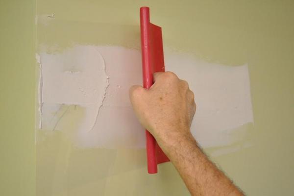 Почему не сохнет шпаклевка на стене