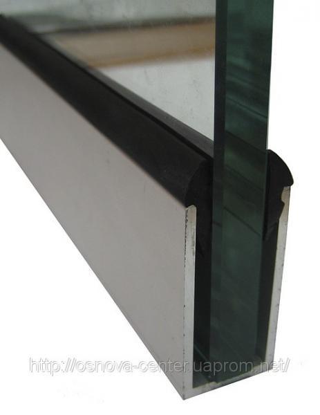 П-образный профиль для стеклянных перегородок
