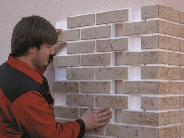 Монтаж панелей не сложнее монтажа других фасадных материалов