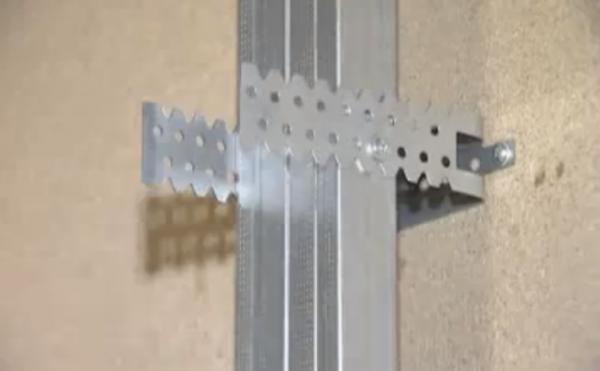 Крепление профиля к стене
