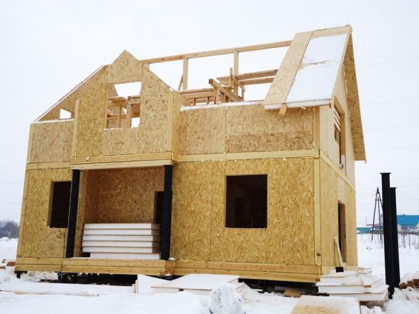 СИП панели применяются при строительстве каркасных домов