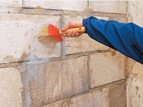 Покрытие фасада грунтовкой