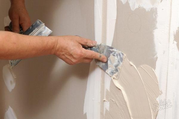 Выравнивание стен финишной гипсовой шпатлевкой