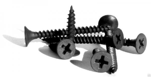 Для крепления гипсокартона применяются специальные саморезы с определенным шагом резьбы