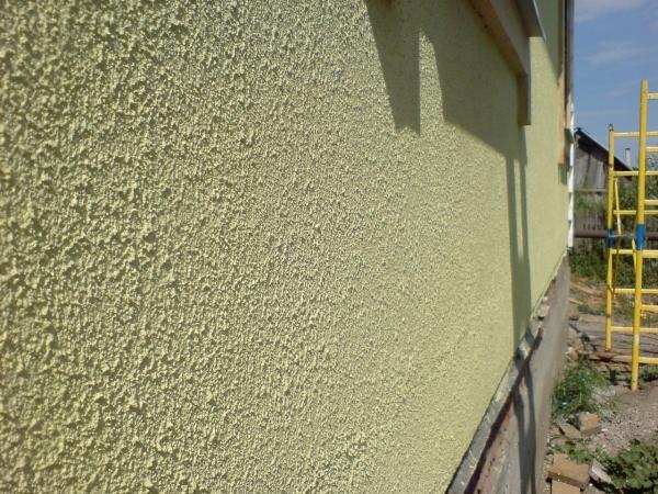 Отштукатуренная стена