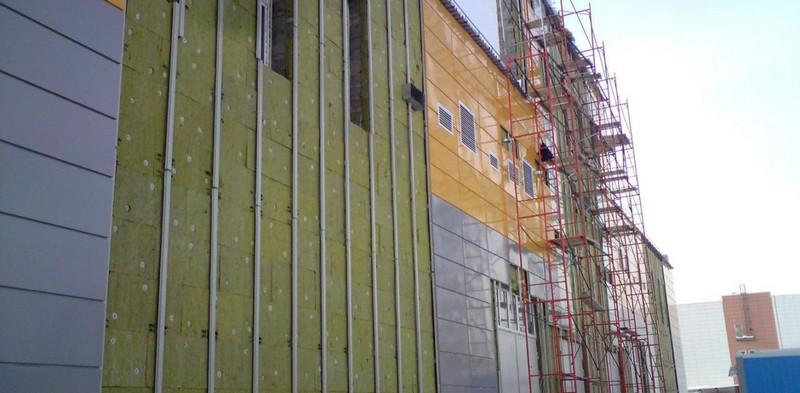 облицовка металлическими фасадными панелями