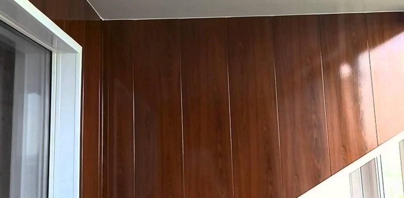отделка балкона панелями МДФ