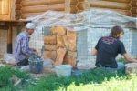 Как производится отделка фундамента дома под камень?