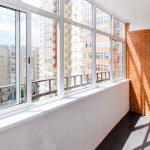 Остекление балкона под ключ в Челябинске